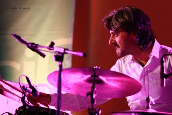 אסקלנדרום בפסטיבל ג'אז חורף (צילום: מלי ארואסטי)